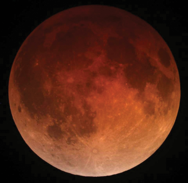 be-lunar_eclipse_april_15_2014_california_alfredo_garcia_jr1.jpg